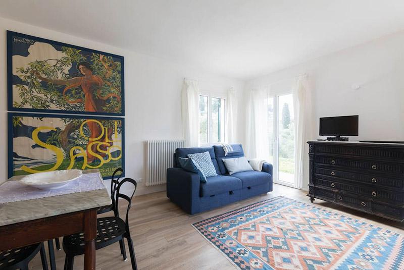 divano-letto-appartamento-oliva