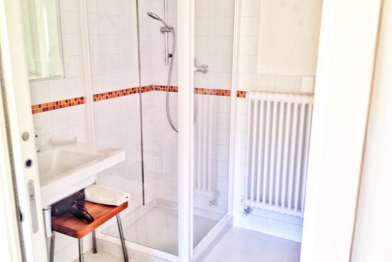 doccia-appartamento-limone